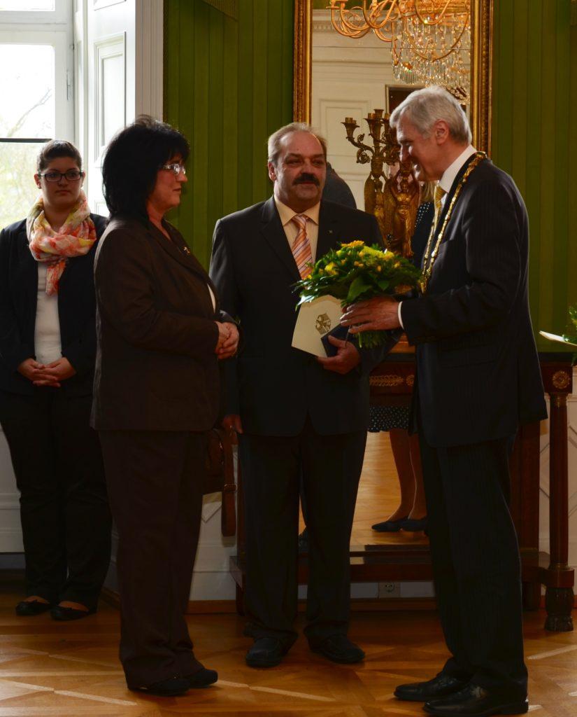 Bundesverdienstkreuz am Bande für unseren Präsidenten Winfried Jäger